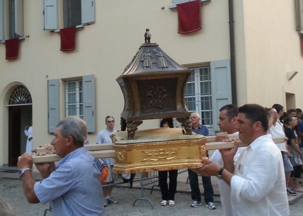 13 luglio: processione con le reliquie della Santa, alle Budrie.