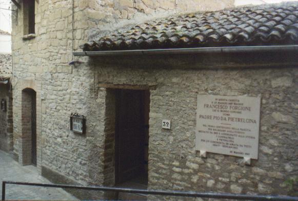 Casa natale, in Pietrelcina (BN)