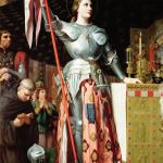 Immagini di Santa Giovanna d'Arco: 1) Incoronazione di Carlo VII; 2) Film di Carl Theodor Dreyer ; 3) Jeanne nelle mani del boia, sul rogo.
