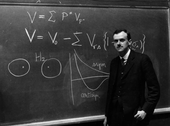 Un sorridente Paul Dirac