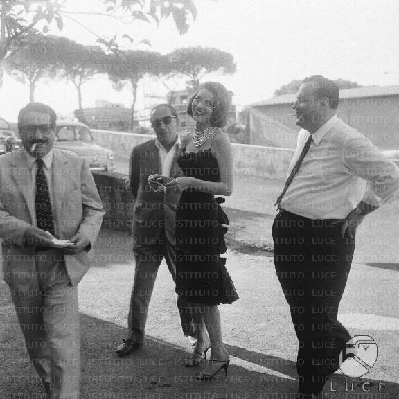 Un amore a Roma , con Elsa Martinelli