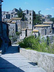 Lo scapolo e la sua città natale, Ronciglione (VT), uno splendido borgo medievale