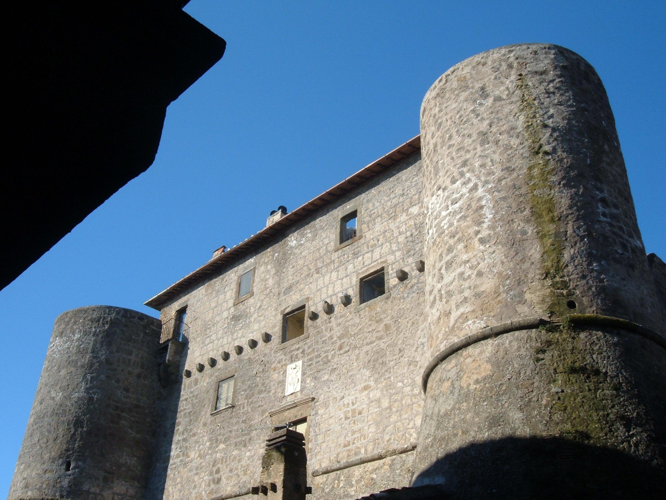 Lo scapolo: Ronciglione, la Rocca