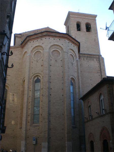 San Giuseppe da Copertino:  Osimo basilica dedicata al Santo