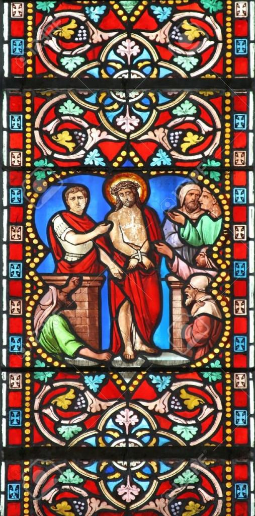 -Vetrata-nella-cattedrale-St-Samson-Dol-de-Bretagne-Francia-raffigurante-una-scena-biblica-Ponzio-Pil-Archivio-Fotografico