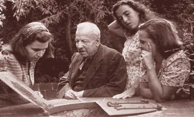 Benedetto Croce e le figlie