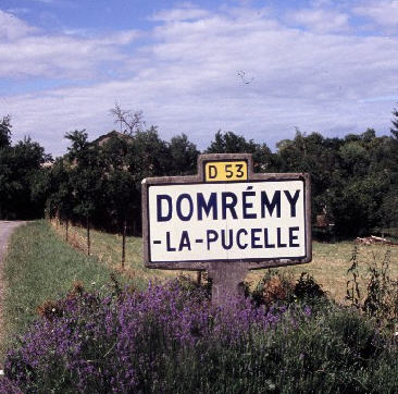 Giovanna d'Arco (2) Domrémy, paese natale della Pucelle