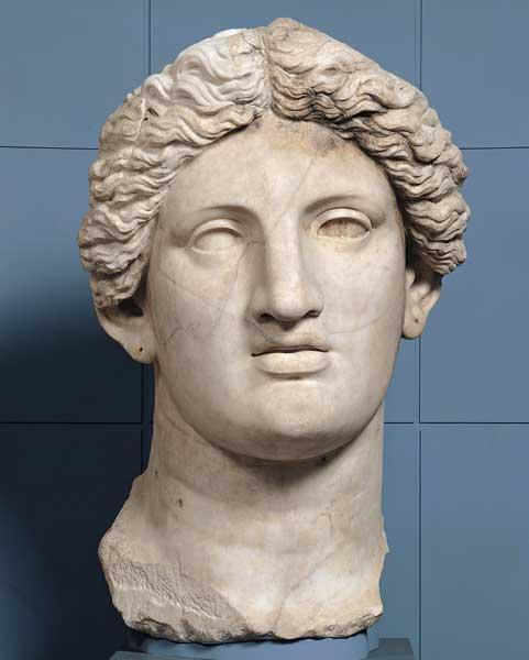 Statua_colossale_di_divinita_femminile_testa