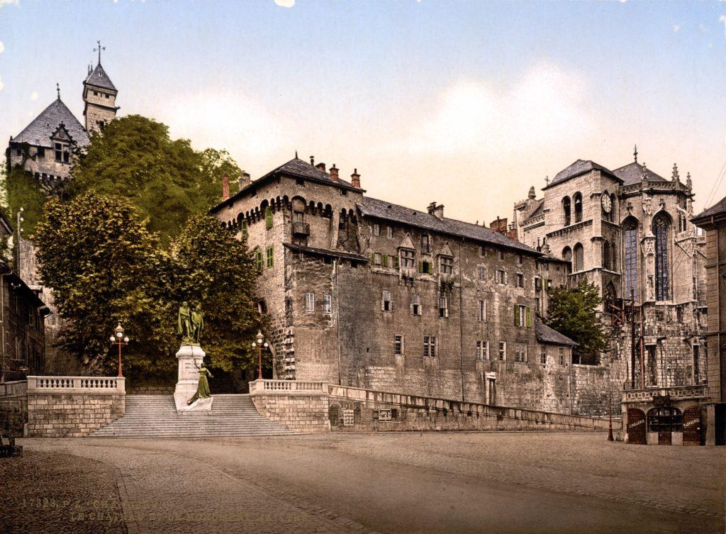 _Chambéry Castello e Monumento De Maistre