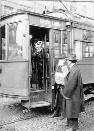 """""""Spagnola""""- Non si può salire sull'autobus senza  mascherina. USA"""